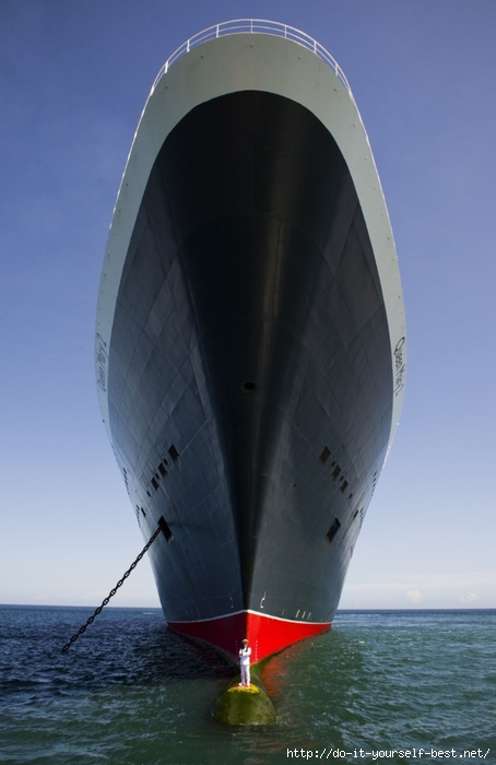queen_mary_2_kevin_oprey_01 (454x700, 171Kb)