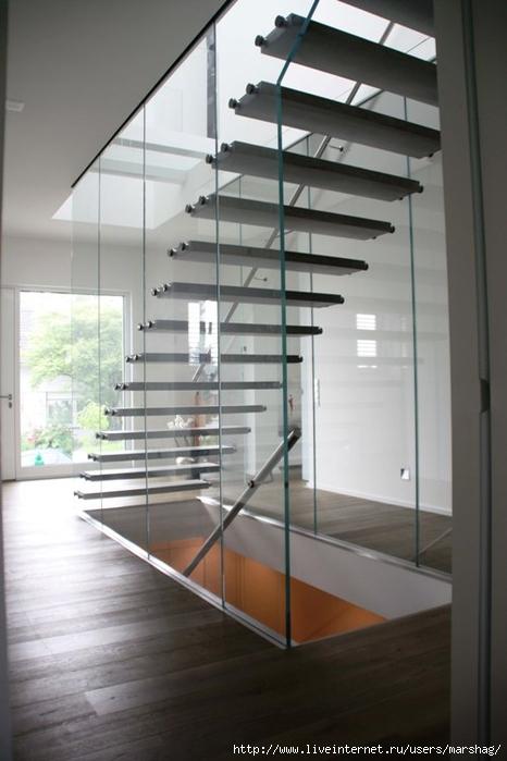 стеклянная лестница маршаг (1) (466x700, 183Kb)