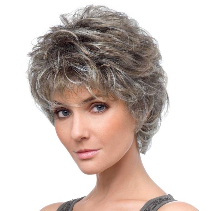 Стрижки короткие средние женские для волнистых волос