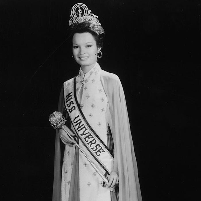 Мария Маргарита Моран, Филиппины. «Мисс Вселенная — 1973». 20 лет, рост 168 см. (700x700, 149Kb)