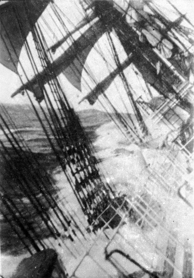 Unidentified_tall_ship_near_Cape_Horn_-_Nla.pic-vn3299637-v (399x569, 171Kb)