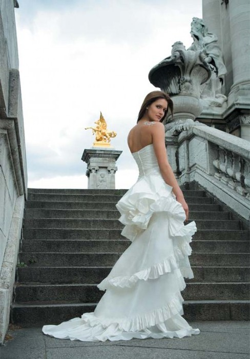 paris-france-wedding-dresses-2 (488x700, 75Kb)