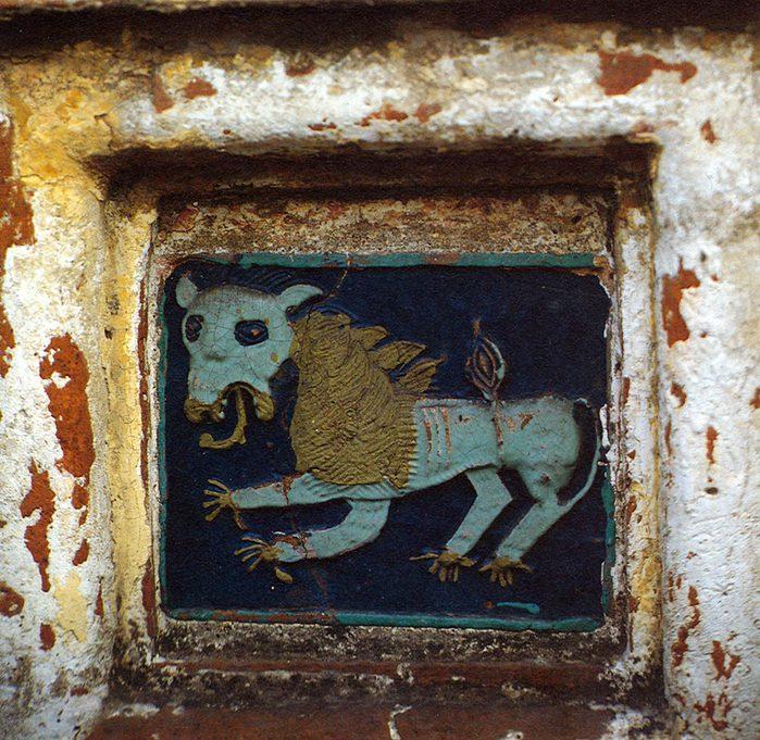 Изразец юго-восточной башни Спасо-Прилуцкого монастыря. (700x681, 132Kb)