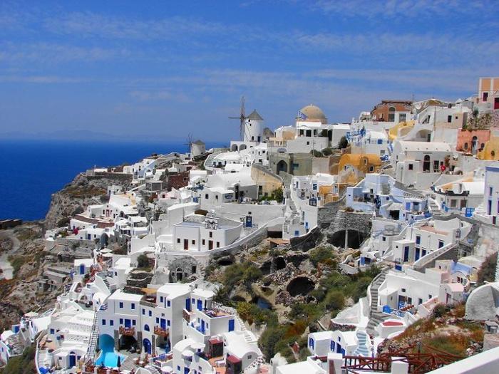 800px-Остров_Санторини,_Греция (700x525, 171Kb)