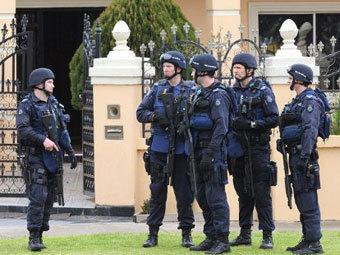 Австралия - арест торговцев оружием (340x255, 34Kb)