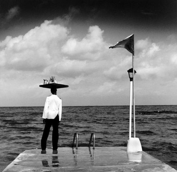 Лучшие фотографии в стиле сюрреализм от Родни Смита 3 (600x585, 69Kb)