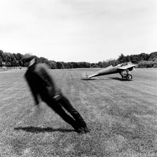 Лучшие фотографии в стиле сюрреализм от Родни Смита 11 (600x600, 93Kb)