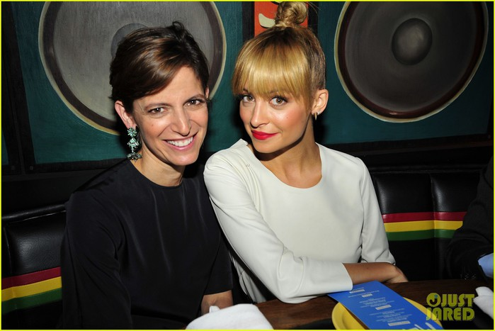 nicole-richie-fashion-star-premiere-party-01 (700x467, 71Kb)