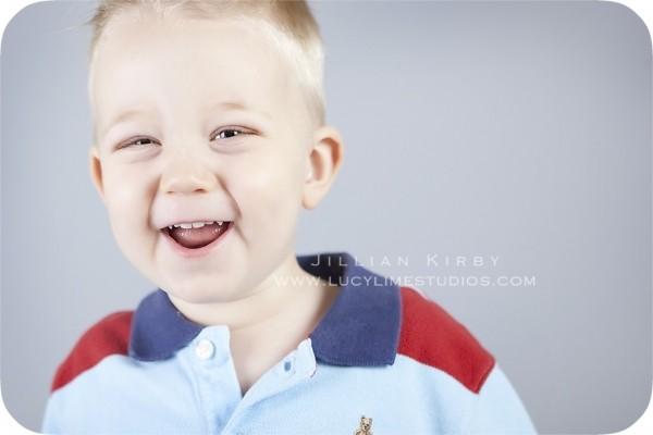 Профессиональные фото детей от студии Lucy Lime 231 (600x400, 28Kb)