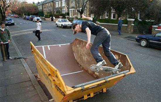 dumpster-skater (550x349, 46Kb)