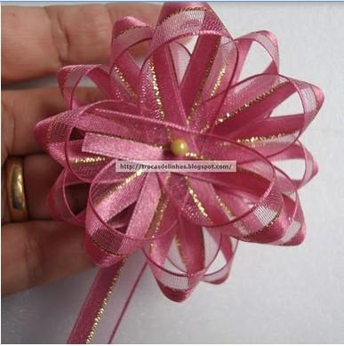 Как просто сделать очень красивый бант-цветок/4683827_20120316_084144 (387x389, 43Kb)
