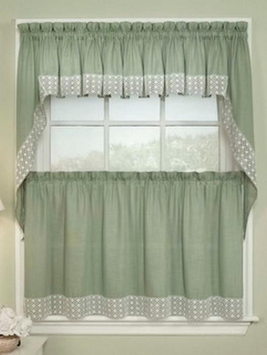 Классические шторы для кухни 40 (526x700, 57Kb)