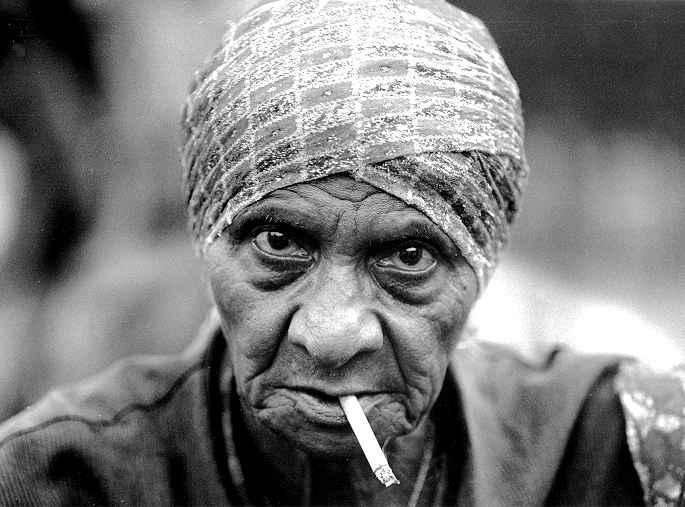 old_woman_1274851770 (685x507, 34Kb)