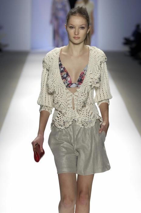 31960_celebrity_city_Carlos_Miele_NY_Fashion_Show_119_123_483lo (464x700, 68Kb)