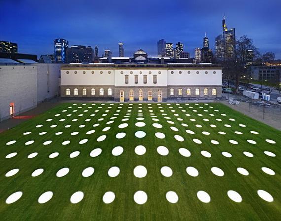 галерея во франкфурте (570x447, 132Kb)