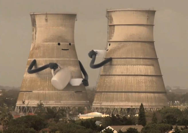 3925073_Collapsing_Cooling_Towers_01thumb656x466204571 (656x466, 51Kb)