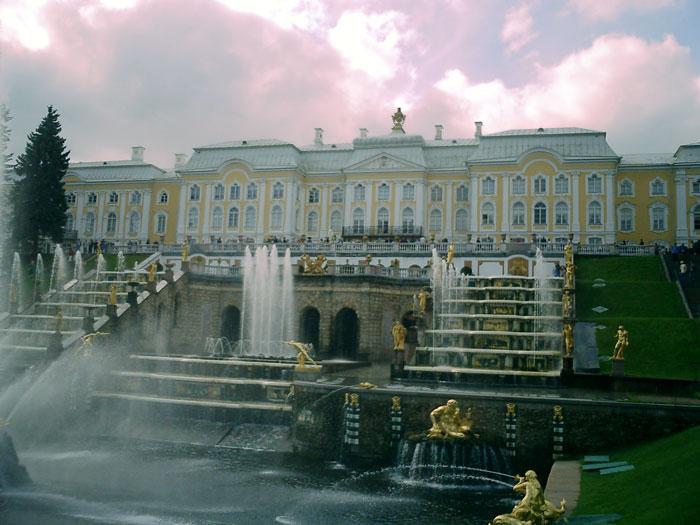 Sankt-Peterburg_Rossiya (700x525, 80Kb)
