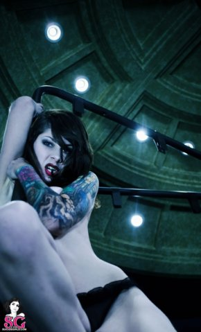 Фотосессия «VARIOUS» с сайта suicidegirls