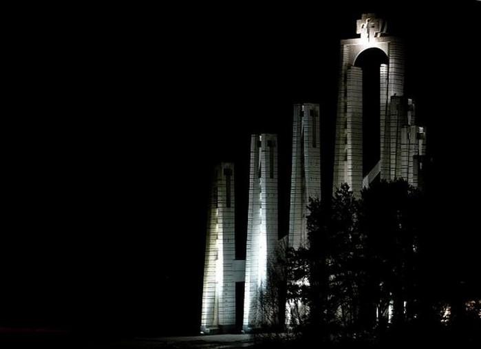 Современная храмовая архитектура 15 (700x507, 35Kb)