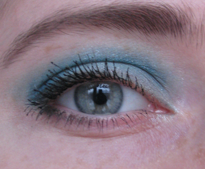 Guerlain 12 Les Aqua-Make-Up1/3388503_Guerlain_12_Les_AquaMakeUp1 (400x330, 143Kb)