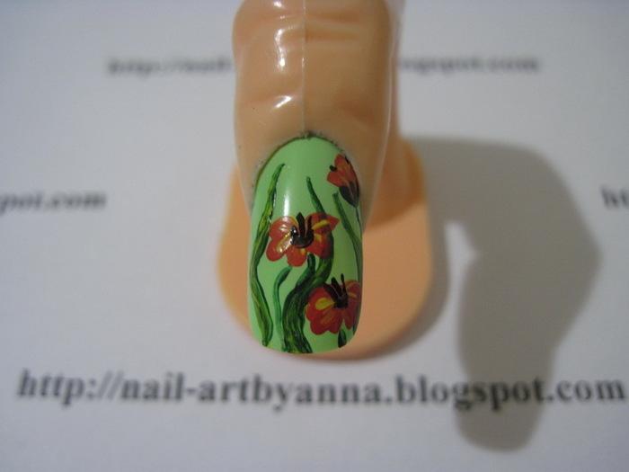 Если Вы хотели найти как нарисовать маки на ногтях пошаговое видео