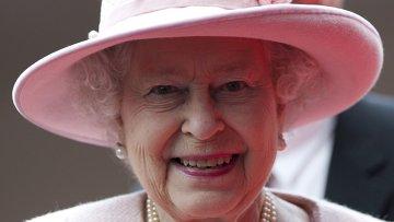 Королева Великобритании Елизавета II/3315602_12 (360x203, 12Kb)