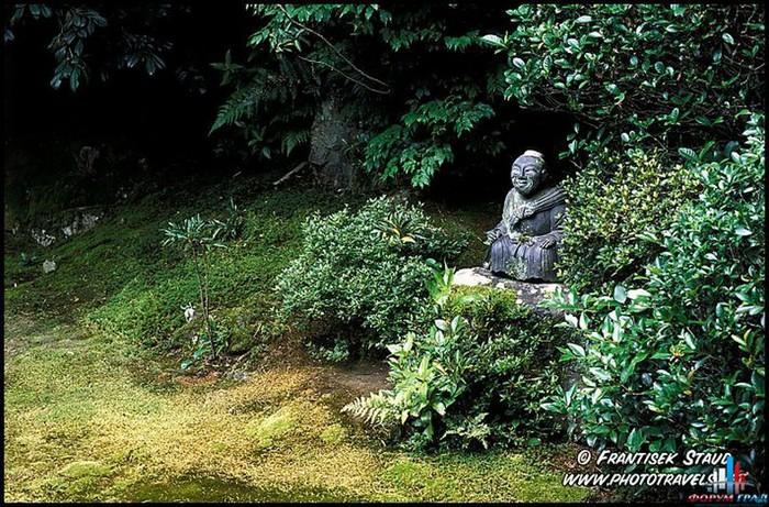 Японский сад фото 1 (700x461, 165Kb)