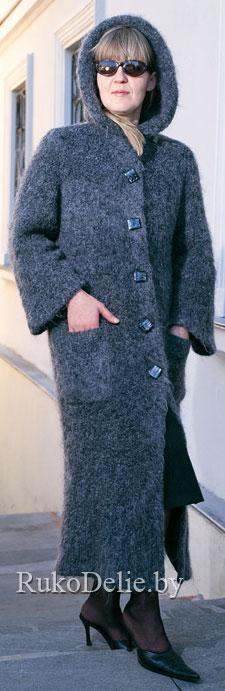 Пальто с двойным капюшоном,