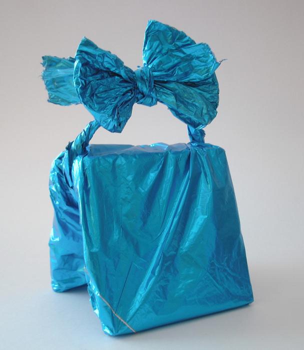 Схемы фурошики (фуросики).  Подарочная упаковка своими руками: шампанское для двоих.