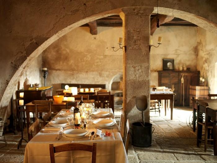 Итальянский эко-отель Albergo Diffuso Santo Stefano di Sessanio 12 (700x525, 95Kb)