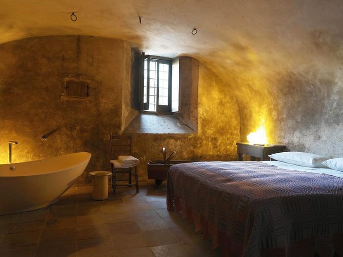 Итальянский эко-отель Albergo Diffuso Santo Stefano di Sessanio 18 (700x525, 80Kb)