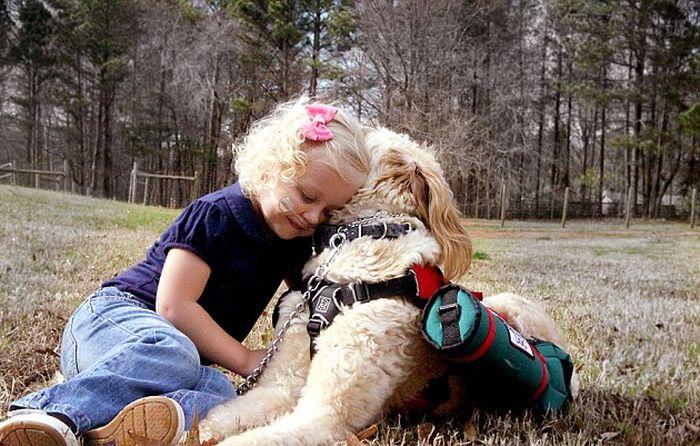 dog_and_girl_01 (700x446, 88Kb)