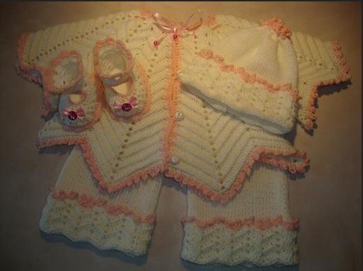 Вязаный комплект для малыша-штанишки  и пинетки  /4683827_20120328_114942 (521x389, 42Kb)