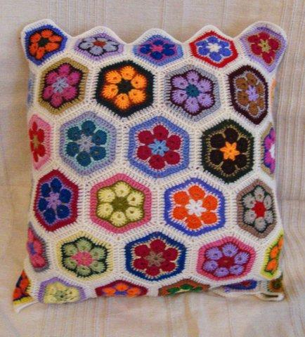 Как сделать подушку для колец своими руками