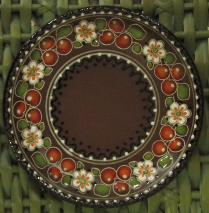 блюдце вишенка (687x700, 117Kb)