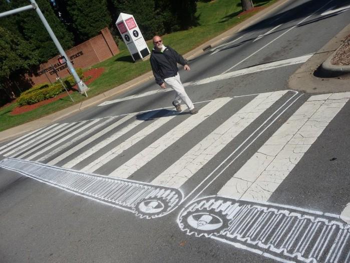 Граффити стрит-арт художника Roadsworth 11 (700x525, 117Kb)