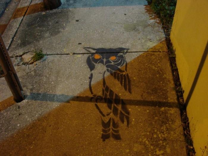 Граффити стрит-арт художника Roadsworth 50 (700x525, 89Kb)