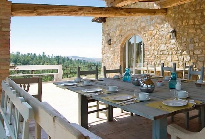 Солнечный тосканский стиль интерьера гостиницы Conti di San Bonifacio 3 (700x476, 98Kb)