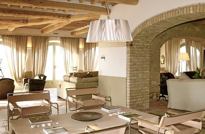 Солнечный тосканский стиль интерьера гостиницы Conti di San Bonifacio 6 (700x460, 92Kb)