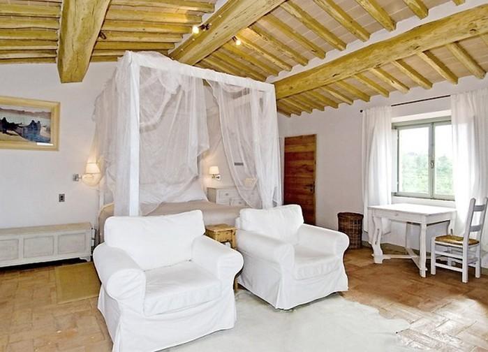 Солнечный тосканский стиль интерьера гостиницы Conti di San Bonifacio 11 (700x504, 86Kb)