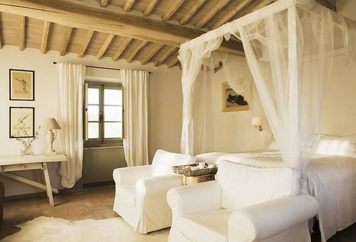 Солнечный тосканский стиль интерьера гостиницы Conti di San Bonifacio 13 (700x476, 73Kb)