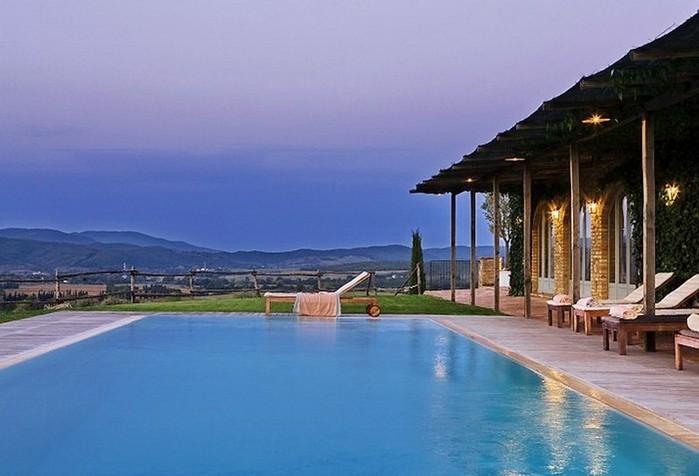 Солнечный тосканский стиль интерьера гостиницы Conti di San Bonifacio 21 (700x476, 69Kb)
