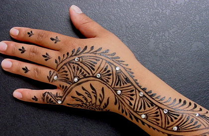 1329690705_796d797e19807cf0_temporary-tattoos (420x274, 111Kb)