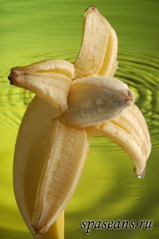 maski-dlya-lica-iz-banana (320x481, 50Kb)