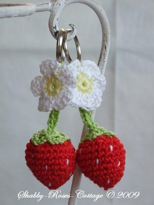 Erdbeer-Anhaenger (525x700, 49Kb)