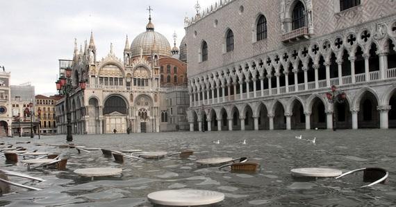 венеция наводнение (570x299, 80Kb)