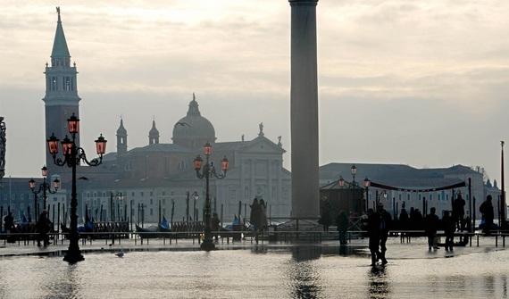 венеция наводнение 2 (570x335, 62Kb)