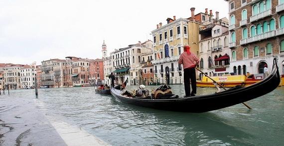 венеция наводнение 8 (570x294, 78Kb)