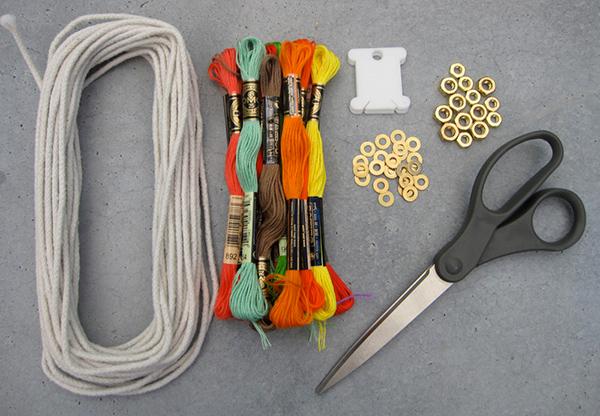 Нитяные ожерелья своими руками. Обсуждение на LiveInternet - Российский Сервис Онлайн-Дневников