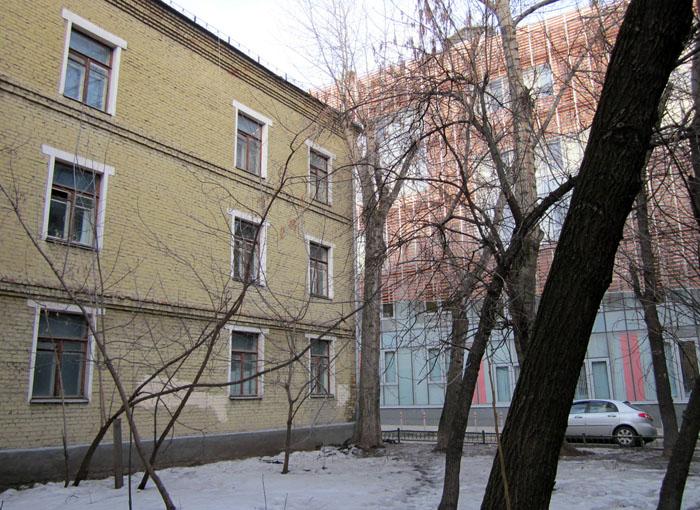 20 Остоженка new банк (700x510, 175Kb)